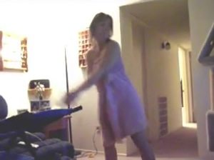 Girl gets naked while playing wii golf