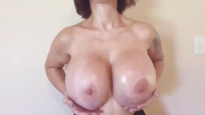 Brittany Elizabeth's boobs bouncing in slow-mo