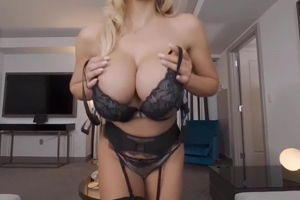 Big tits reveal
