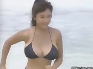 Japanese Bikini Beach Boobs Bouncing