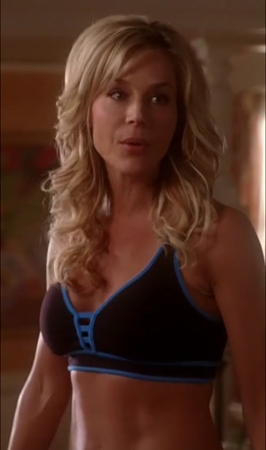 Julie benz works those muscles in desperate housewives