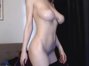 Camgirl Bouncing Her Big Natural Boobs
