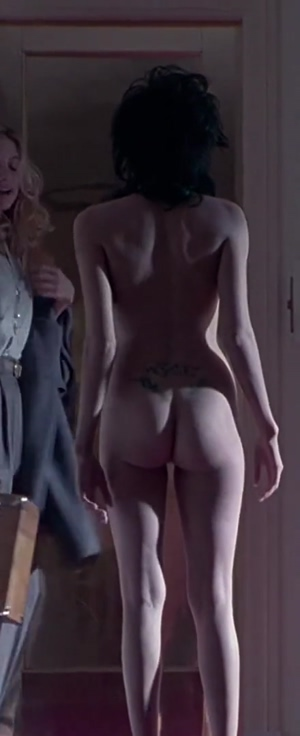 Angelina Jolie's ass in Gia