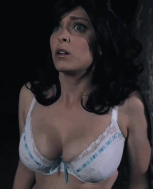 I want to fuck Rachel Bloom's fat tits