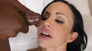 Brunette MILF takes two Loads in Mouth