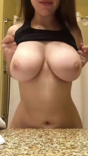 Amateur Huge Tits Titty Drop