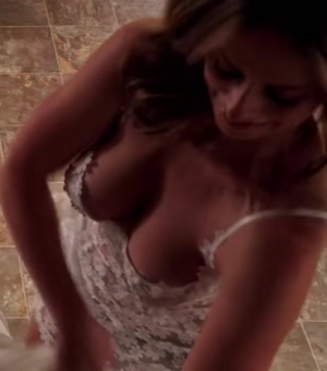 Imagine jerking onto Jennifer Love Hewitt tits from this angle.