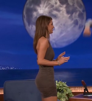 Maria Menounos Getting Punched In The Stomach