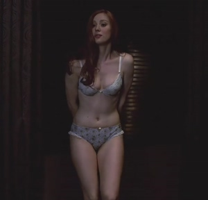 Deborah Ann Woll's body is fucking beautiful