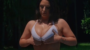 Best titty shaking in the world