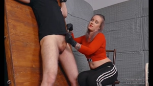 Huge squirting - Cruel Anettes Fetish Store