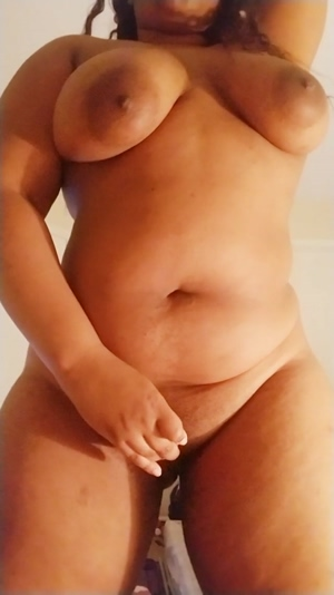 Cum play with a big-tittied, phat-bootied black cutie! I'm online for (: