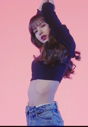 Blackpink -Lisa