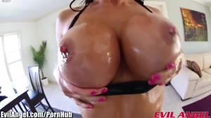 Gia Dimarco's firm oiled orbs