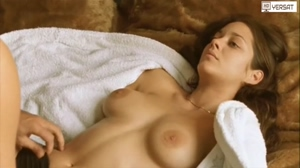 Marion Cotillard's tits and bush