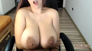 easy bouncing big boobs