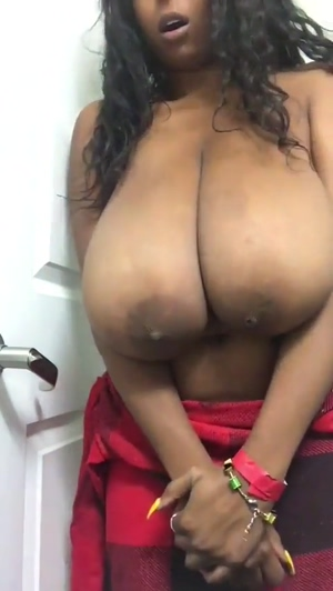 Big Ebony Boobs