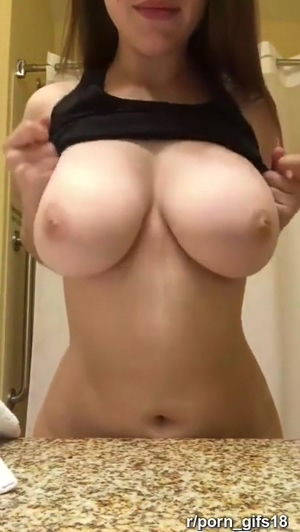 Perfect Huge Amateur Tits Drop