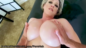 Dee Williams boobs gone wild