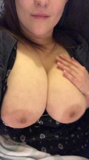 Big, jiggly tits are so much fun.