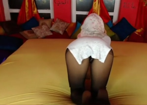 Touching herself on cam
