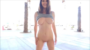 Amber Hahn shows off her perfect tits