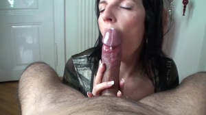 She knows how to empty his balls