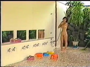 Vintage cutie Nami takes a shower