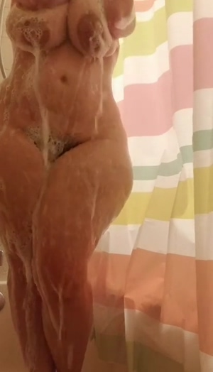 Mal Malloy in the Shower