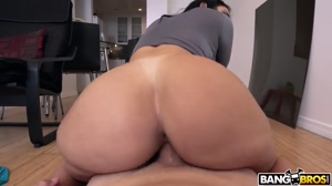 So Much Ass On Valerie