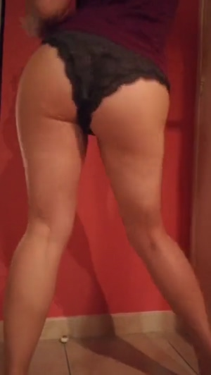 Vertical Booty Shaking