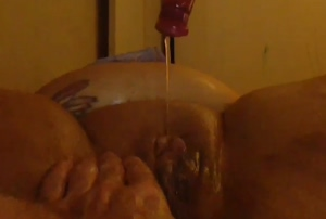 Lubed up squirting pussy!