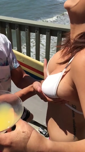 Boobs in motion