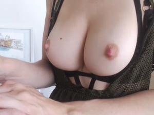 MIssAlice awesome tits 11