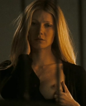 Gwyneth Paltrow letting one of her tits out