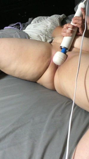 BBW Wife and Hitachi