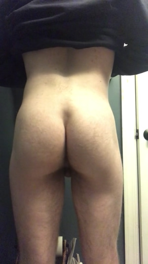 Shaking my booty (: