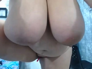 bbw extra large boobs size