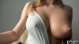 Big boobs revealing