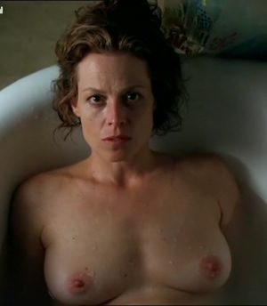 Sigourney Weaver - Nice plot in 'A Map of the World'