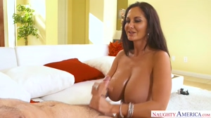Housewife seduces the plumber
