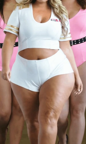 Big and Bouncy Thighs
