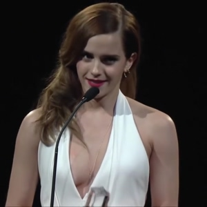 Emma Watson wearing this dress with that cleavage is so fucking hot