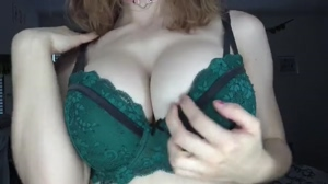 Redhead with perfect tits