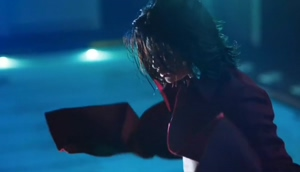 Selena Gomez sexy in her new music video