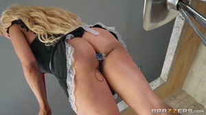 Big Wet Butts - Nikki Delano