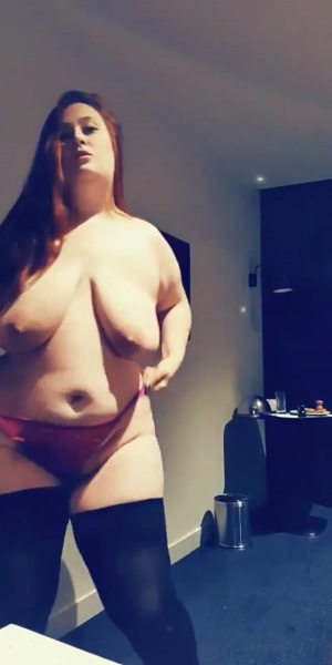 Chubby Aussie girl showing off her goods