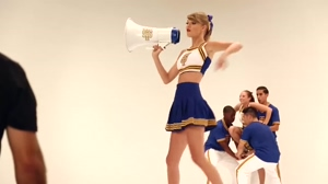 Taylor Swift Cheerleader