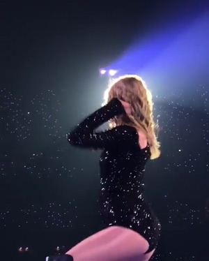 Taylor Swift wants to make you cum