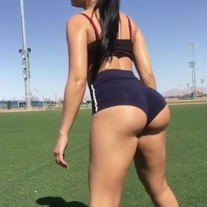 Ass Jiggling
